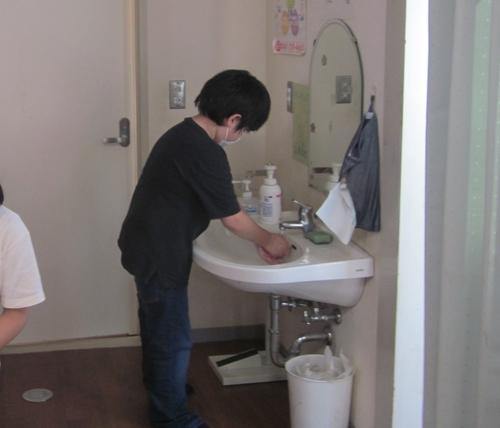 06たんぽぽ 手洗い.jpg