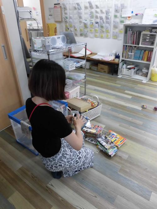 ⑤おもちゃの消毒.JPG